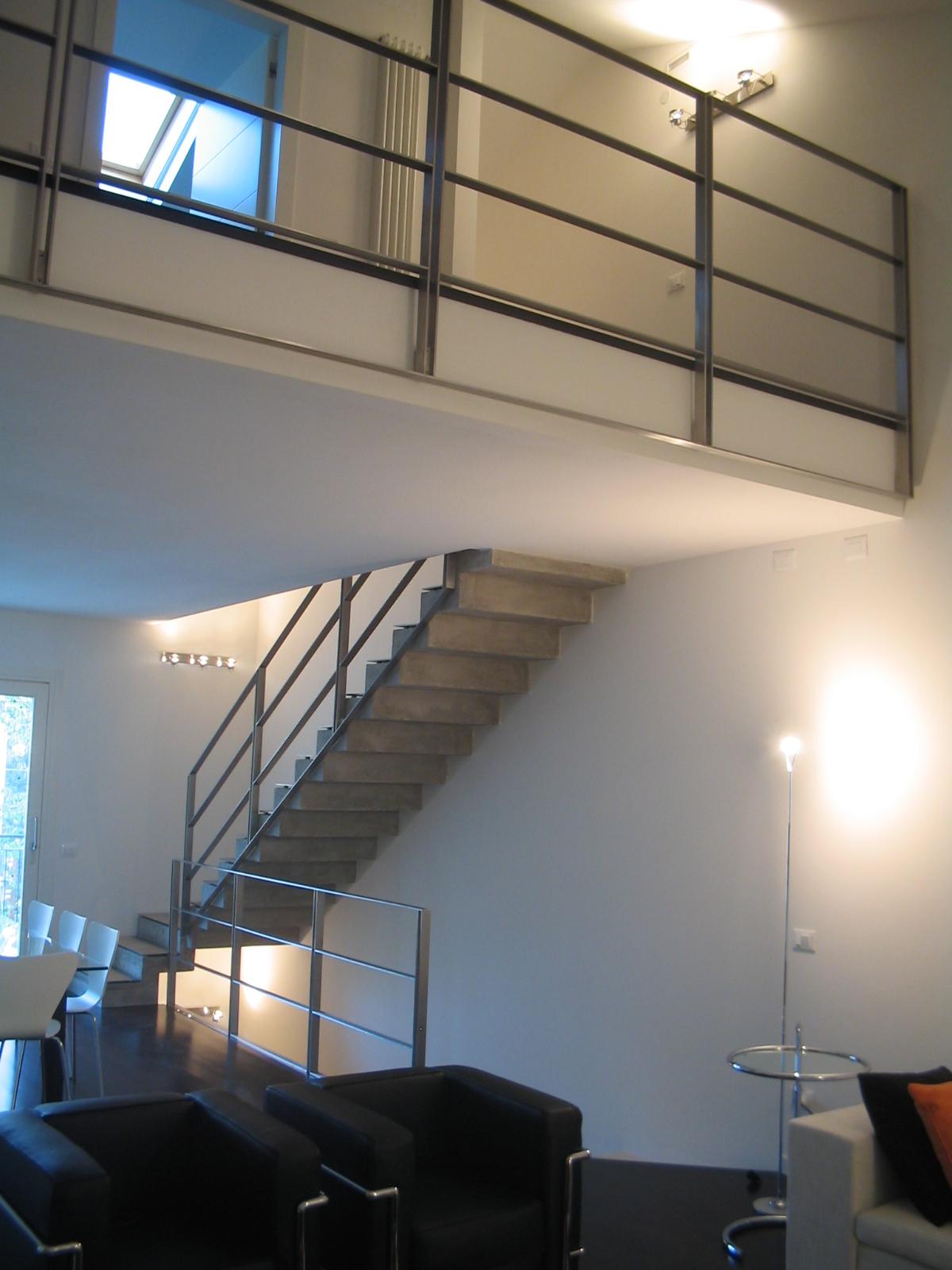 APPARTAMENTO SOPPALCATO            progetto di arredo – finiture d'interni e interior design